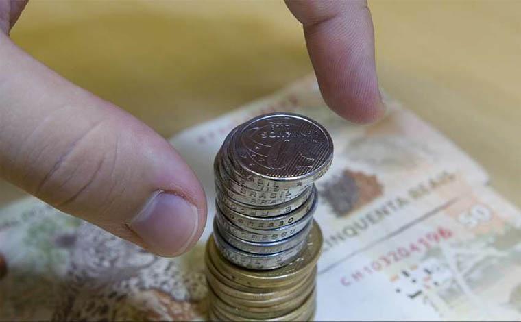 Governo reduz estimativa do valor do salário mínimo em 2019 para R$ 998,00