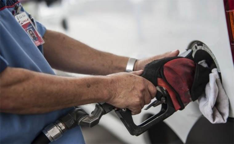Preço do diesel cai apenas R$ 0,34 nas bombas após greve dos caminhoneiros