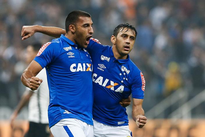 Cruzeiro encara Corinthians de olho no penta da Copa do Brasil