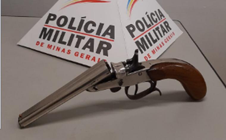 Polícia Militar prende autor por porte ilegal de arma de fogo no bairro Belo Vale