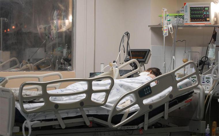 Planos de saúde não assinam compromisso de manter atendimento a inadimplentes