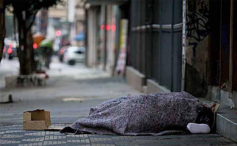 Governo libera R$ 1 bilhão para acolhimento de moradores de rua