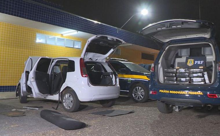 Polícia Federal prende suspeito com 180 kg de maconha dentro do carro