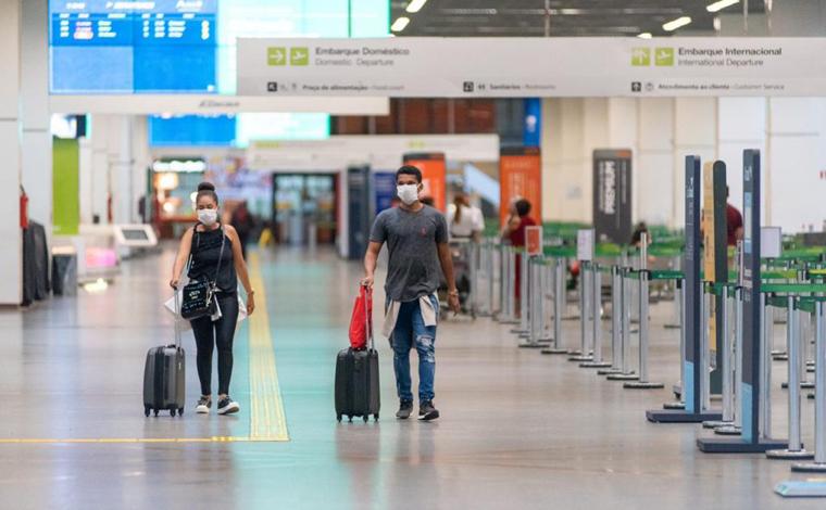 Número de brasileiros repatriados chega a 21 mil, diz ministro