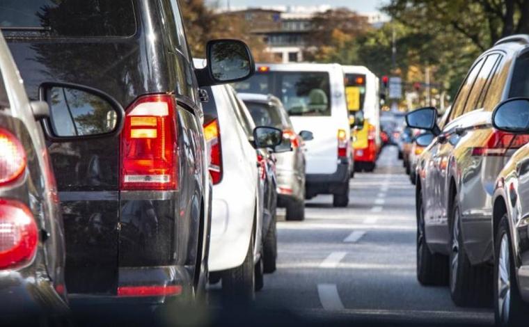 Foto: Reprodução - Para os donos de veículos receberam o o Certificado de Registro e Licenciamento de Veículo (CRLV), é preciso estar em dia com todos os débitos veiculares como IPVA, Taxa de Licenciamento, seguro obrigatório e eventuais multas