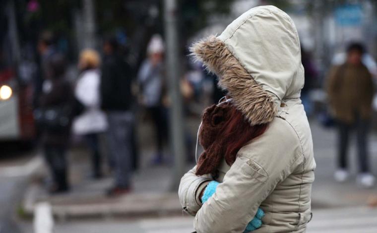 Massa de ar polar promete trazer chuva e queda nas temperaturas no fim de semana em Minas Gerais