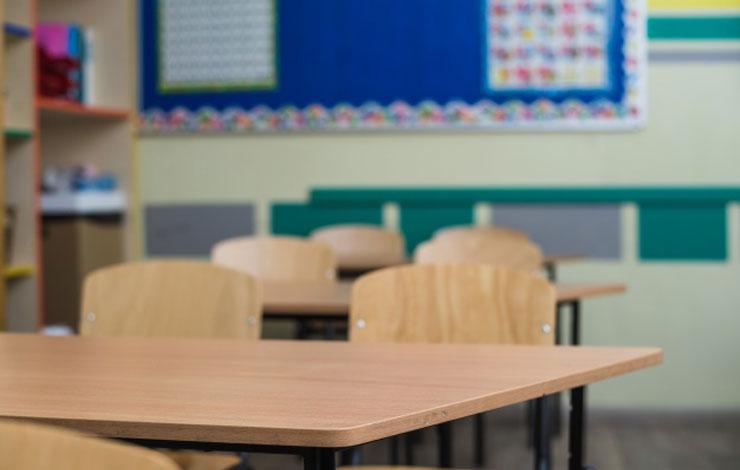 Justiça autoriza acordo para redução de salário de professores e auxiliares de escolas particulares