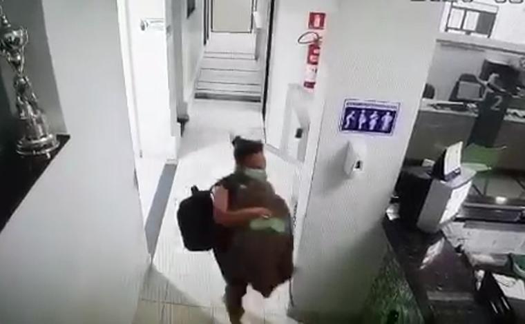 Mulher rouba uma recém-nascida na maternidade de hospital e logo após é presa pela Polícia Militar