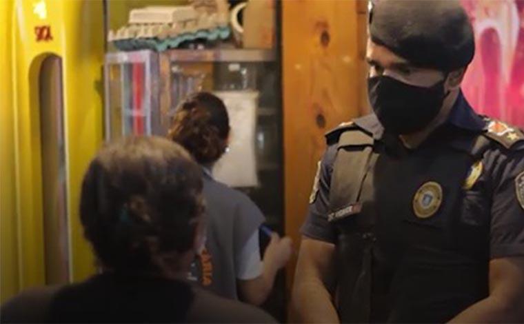 Guarda Municipal realiza operação de fiscalização em bares e restaurantes de Sete Lagoas