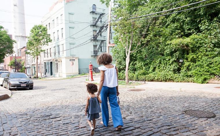 Lei prevê renda mínima emergencial para mulheres chefes de família