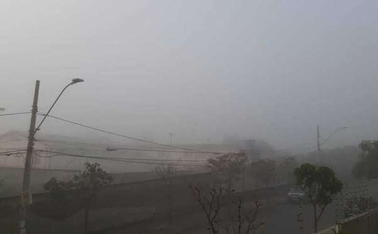 'Ciclone Bomba' provoca fenômeno raro, Sete Lagoas e algumas cidades da região amanhecem com neblina