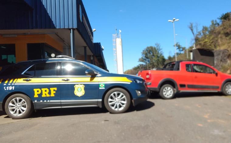 Polícia Rodoviária de Sete Lagoas recupera carro roubado do Rio de Janeiro