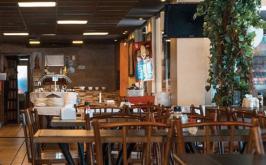 Bares, restaurantes e padarias voltam a ter restrição de funcionamento