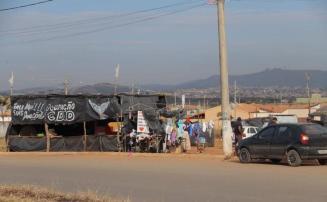 Homem é baleado com quatro tiros após discussão em ocupação no Bairro Cidade de Deus