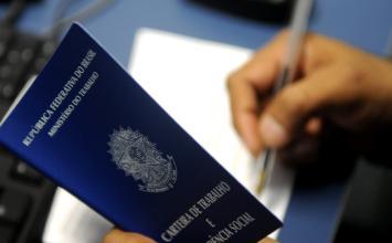 Decreto amplia prazo para suspensão de contratos de trabalho e redução da jornada