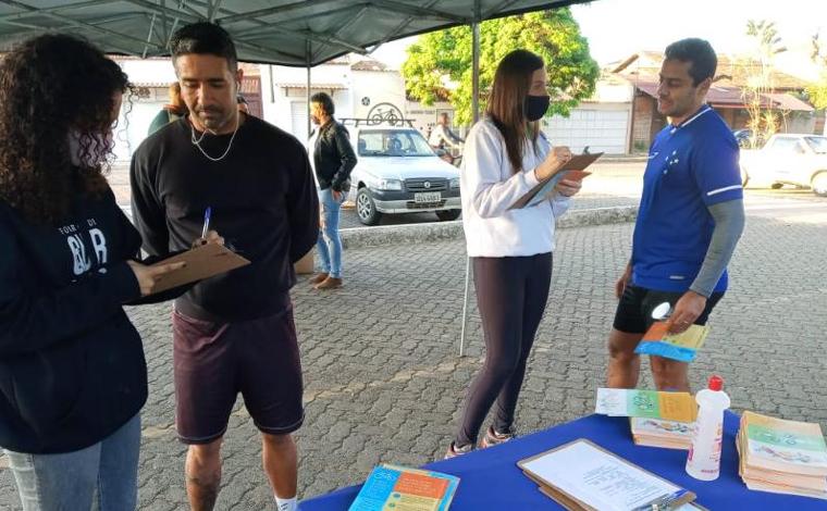 Praticantes de atividades físicas recebem orientações na Lagoa da Boa Vista