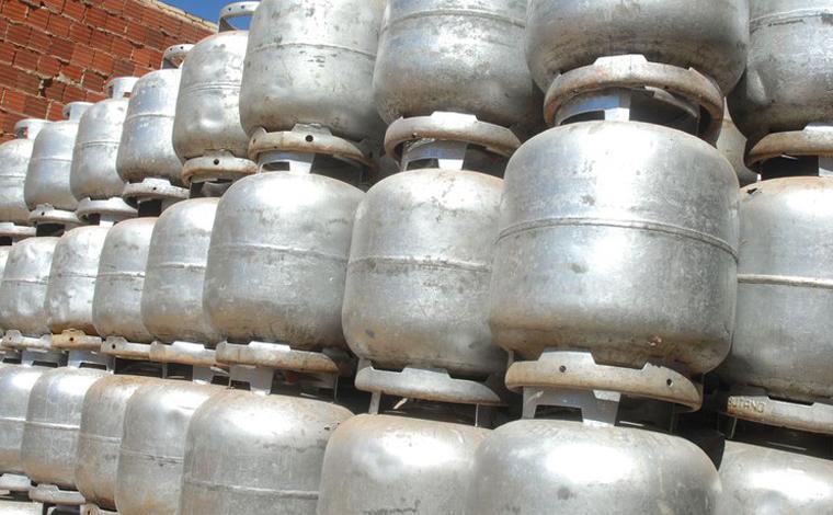 Dez mil botijões de gás serão doados a comunidades carentes em todo Brasil