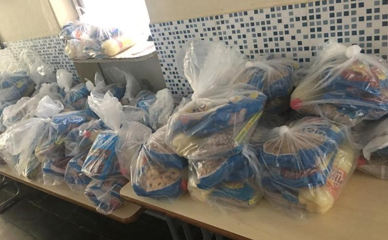 2ª fase da entrega de cestas básicas para alunos da rede pública municipal de Sete Lagoas é iniciada
