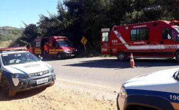 Grave acidente na MG-10 faz uma vítima fatal e deixa quatro pessoas feridas