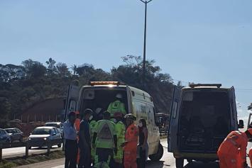 Uma pessoa morre e outras quatro ficam gravemente feridas em acidente na BR-040
