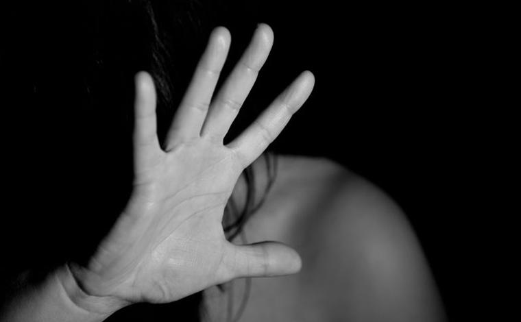 Casal suspeito de planejar e mandar matar mulher é preso pela Polícia Civil