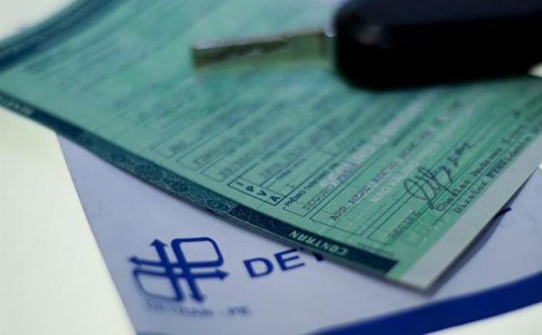 Proprietários de veículos registrados em Minas Gerais já podem imprimir o CRLV em casa