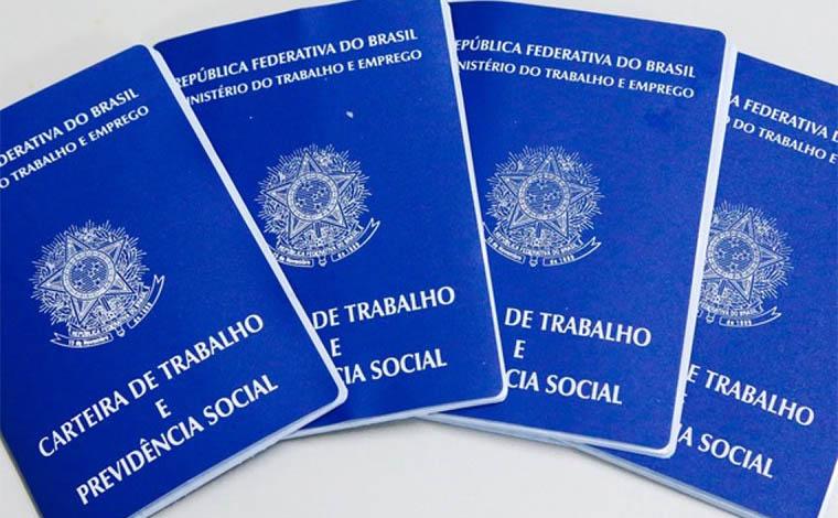 Guedes confirma prorrogação de jornada reduzida e suspensão de contratos de trabalho por 2 meses
