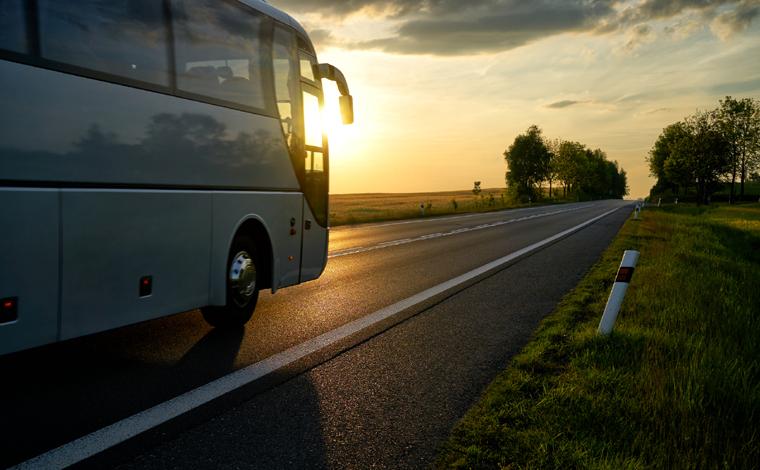 Empresa de ônibus deverá indenizar passageiro vítima de acidente em R$ 50 mil