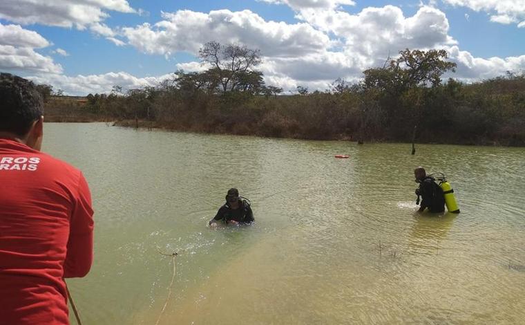 Crianças entram em lagoa para pegar pacote de salgadinho e morrem afogadas no interior de Minas