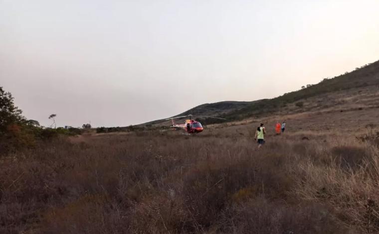 Instrutor de voo livre morre ao saltar de parapente na Serra da Moeda em Nova Lima