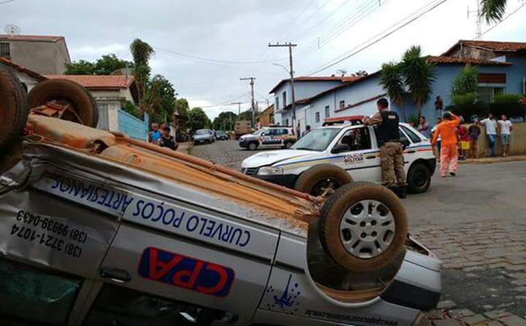 Viatura da PM se envolve em acidente durante perseguição em Felixlândia