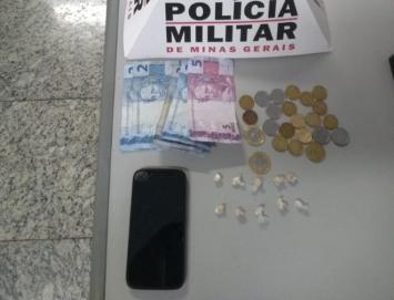 Polícia Militar prende autor por tráfico de drogas no bairro Jardim  Arizona em Sete Lagoas