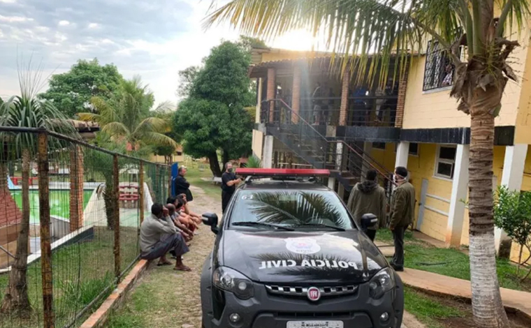 PC prende suspeitos de cárcere privado e maus-tratos em clínica de recuperação em Prudente de Morais