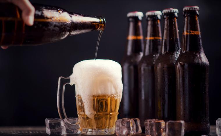 Fabricantes de cerveja reduzem ofertas da bebida nos supermercados