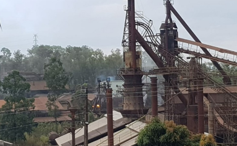 Morre funcionário atingido por explosão em alto-forno de siderúrgica em Sete Lagoas