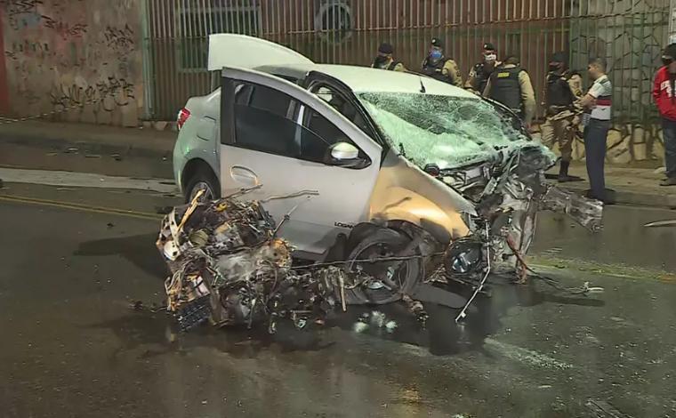 Adolescente de 16 anos morre em acidente durante perseguição policial após roubo de carro