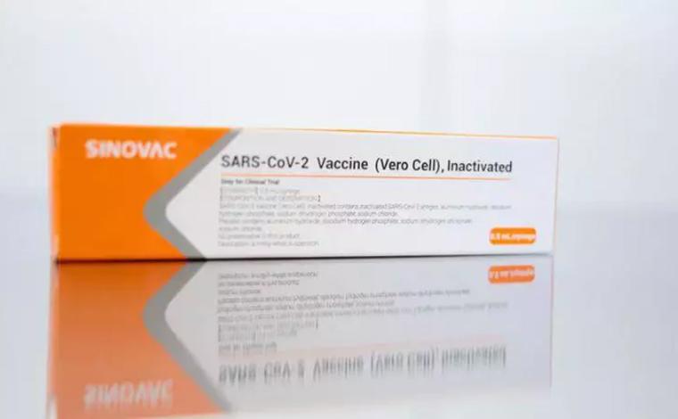Coronavac: Anvisa autoriza importação de 6 milhões de doses da vacina chinesa