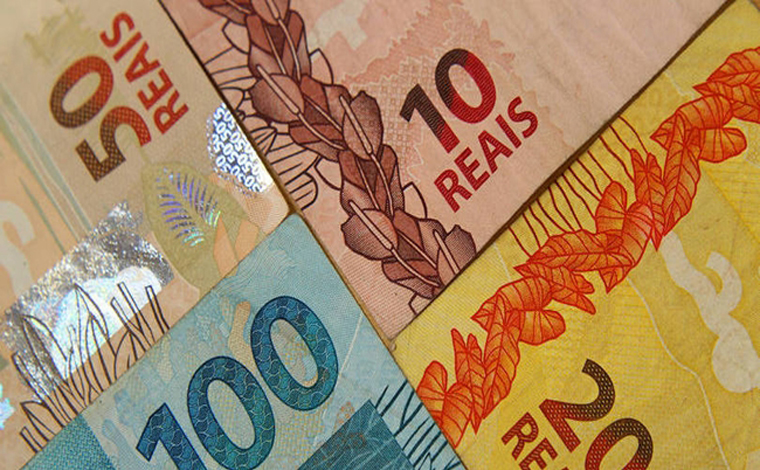 Auxílio residual: Caixa paga segunda parcela para beneficiários do Bolsa Família com NIS final 8