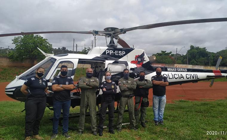 Com o apoio do helicóptero 'Carcará' Polícia Civil deflagra operação no bairro Itapuã em Sete Lagoas
