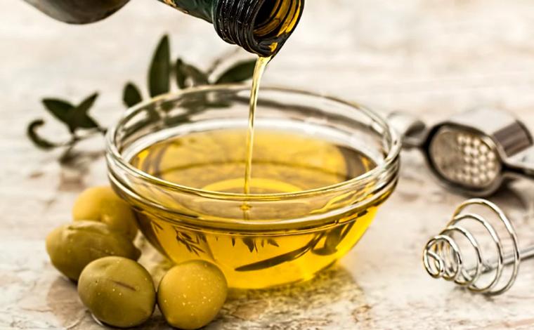 Ministério da Agricultura proíbe vendas de nove marcas de azeite de oliva no Brasil