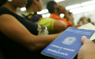 Ministro da Economia diz que Brasil pode perder 300 mil vagas de trabalho em 2020