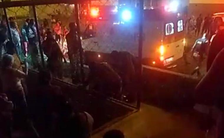 ATUALIZAÇÃO: Mulher morre baleada com 7 tiros na Praça da Arara no bairro Orozimbo Macedo