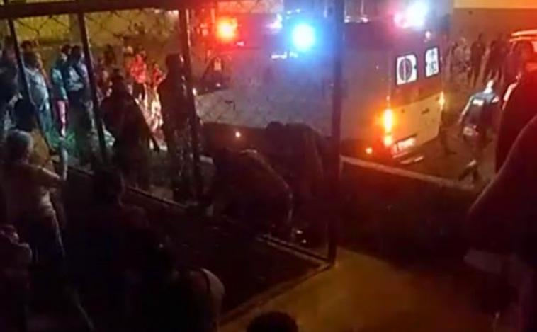 Mulher morre baleada na Praça da Arara no bairro Orozimbo Macedo