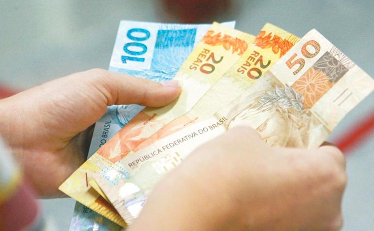 Prazo para pagamento da primeira parcela do 13º salário termina nesta segunda-feira