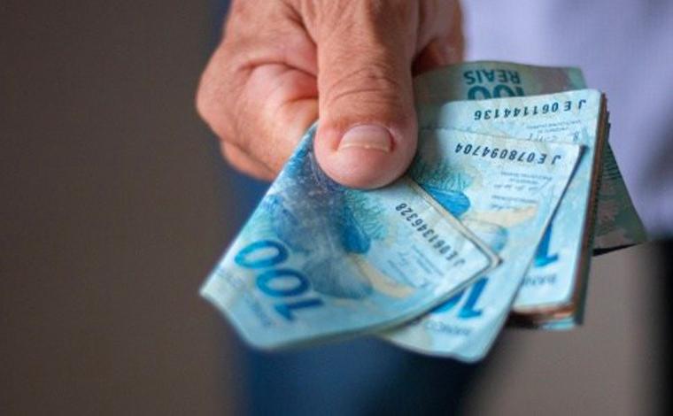Brasileiros que recebem auxilio emergencial indevidamente terão que devolver dinheiro ao governo