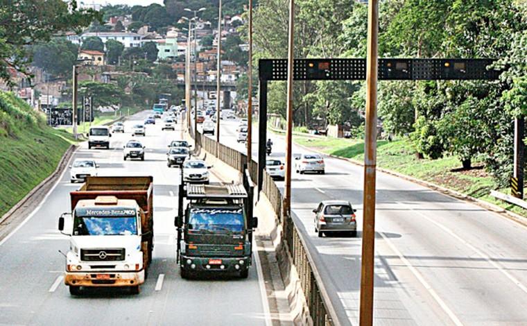 BR-040 será interditada neste domingo para construção do viaduto Teleférico no KM 530 em Contagem