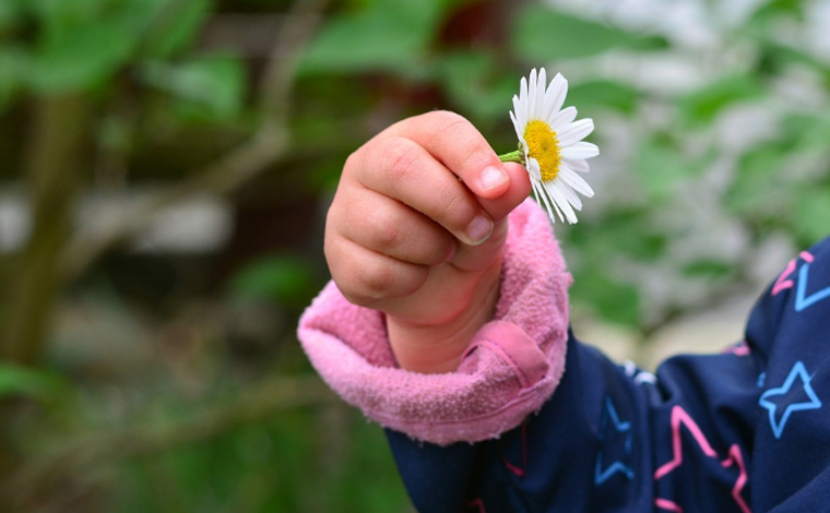 Menina de quatro anos sem comorbidades morre vítima da Covid-19 em Barbacena