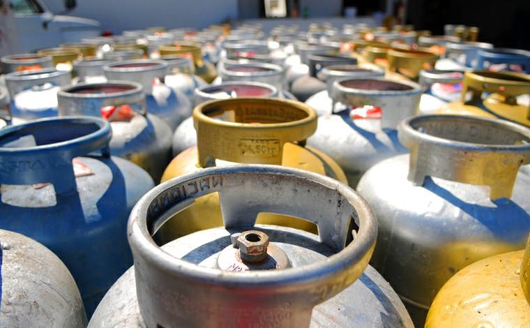 Petrobras anuncia reajuste de 6% no preço do gás de cozinha a partir desta quinta-feira