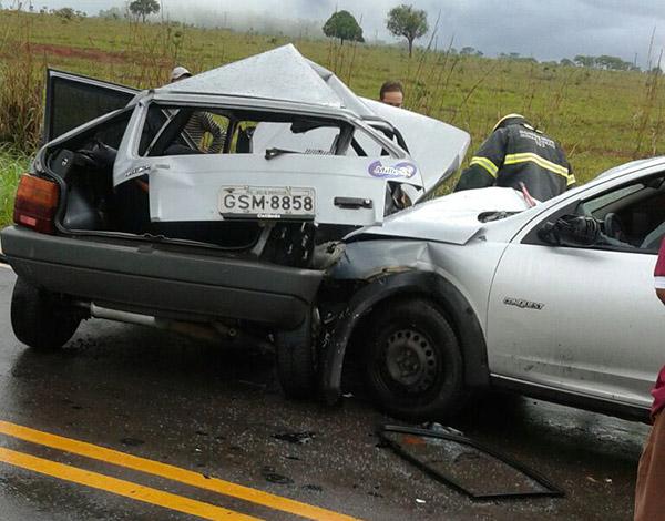 Colisão deixa três feridos em estrada que liga Funilândia a Prudente de Morais