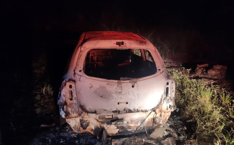 Casal é assassinado a tiros e corpos são incendiados em Santa Luzia